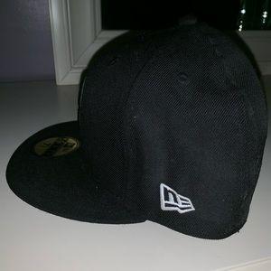 New Era Accessories - Boston Baseball Hat